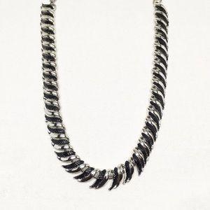 Jewelry - Vintage Black & Silver Link Necklace